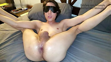 Couple have smooth, tight, blindfolded brat pussy before bed!