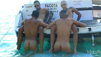 Sex greater than the Beach! Four Blistering young guys go greater than a speedboat ride visiting the astounding islands of Cabo Frio. Blistering in this unique settring and remarkable setting they set about in wild and hard sex!!! P1. Continues Xvideos RED